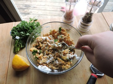 Simple Vegan Chicken Salad